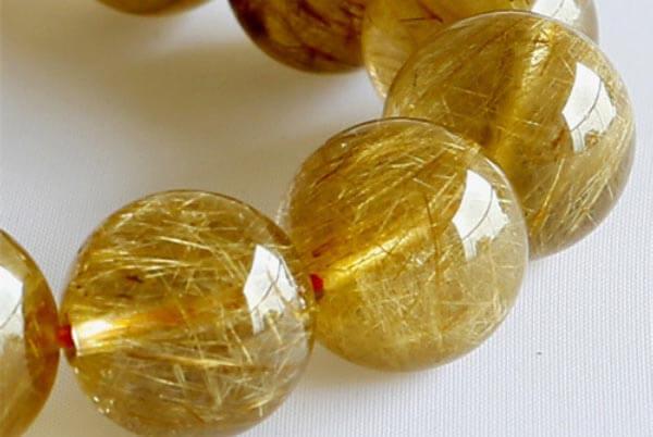 หินไหมทอง